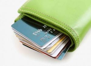 Выдача кредитных карт выросла за месяц на 3%